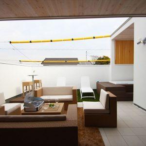 洗練された屋上空間で、ライフスタイルが無限に広がります。
